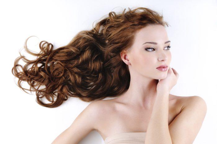 Уход за сухими кудрявыми волосами в домашних условиях